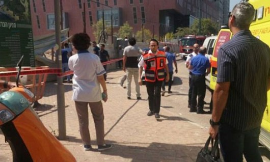 ВТель-Авиве в итоге обрушения крана настройплощадке пострадали неменее 30 человек